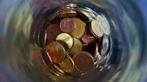 Soziale Armut (6) vs. Mindestlohn